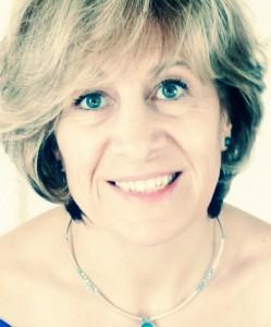 Véronique Costes, Professeur de Hatha Yoga, Yoga Nidra, Relaxation, formé a la Yoga Thérapie Centre Odelys gaillac tarn. 5
